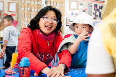 Parent and children at Kōhanga Moa Playcentre.