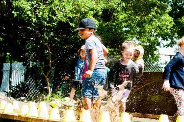 Children from Balclutha Playcentre playing.