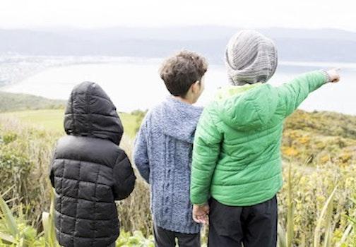 TeWhariki kids pointing